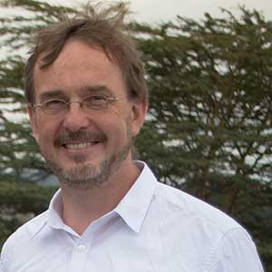 Dr. Alexander Piecha